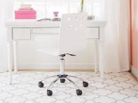Smiling Hill Desk - Marshmallow