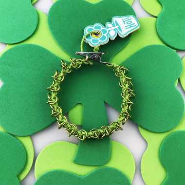 HOTI Hemp Handmade Lime Green Brass Chain Link Maille Ladies Womens Chainmaille Linked Chains Bracelet Made in Canada Hand Crafted Made in Toronto Made in Ontario Celtic Medieval Valentine Halloween Clip-It 420 Marijuana Cannabis Alligator Clip Clasp Roach Clip Rock Toronto Ontario Canada